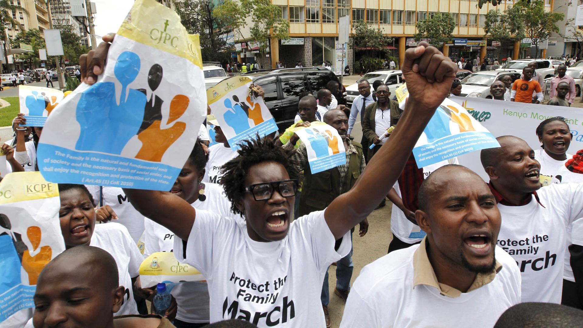 Des manifestants anti-gay au Kenya