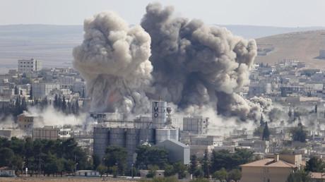 Les frappes aériennes de la coalitions ont fait 22 morts dont six civils.
