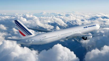Avertissement de Boeing: un 777 d'Air France perd un morceau en vol