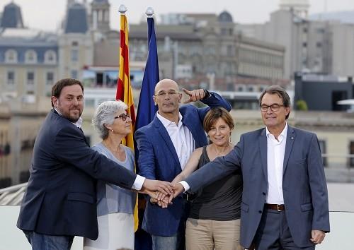 Catalogne/Espagne:  le «choc» de deux nationalismes !
