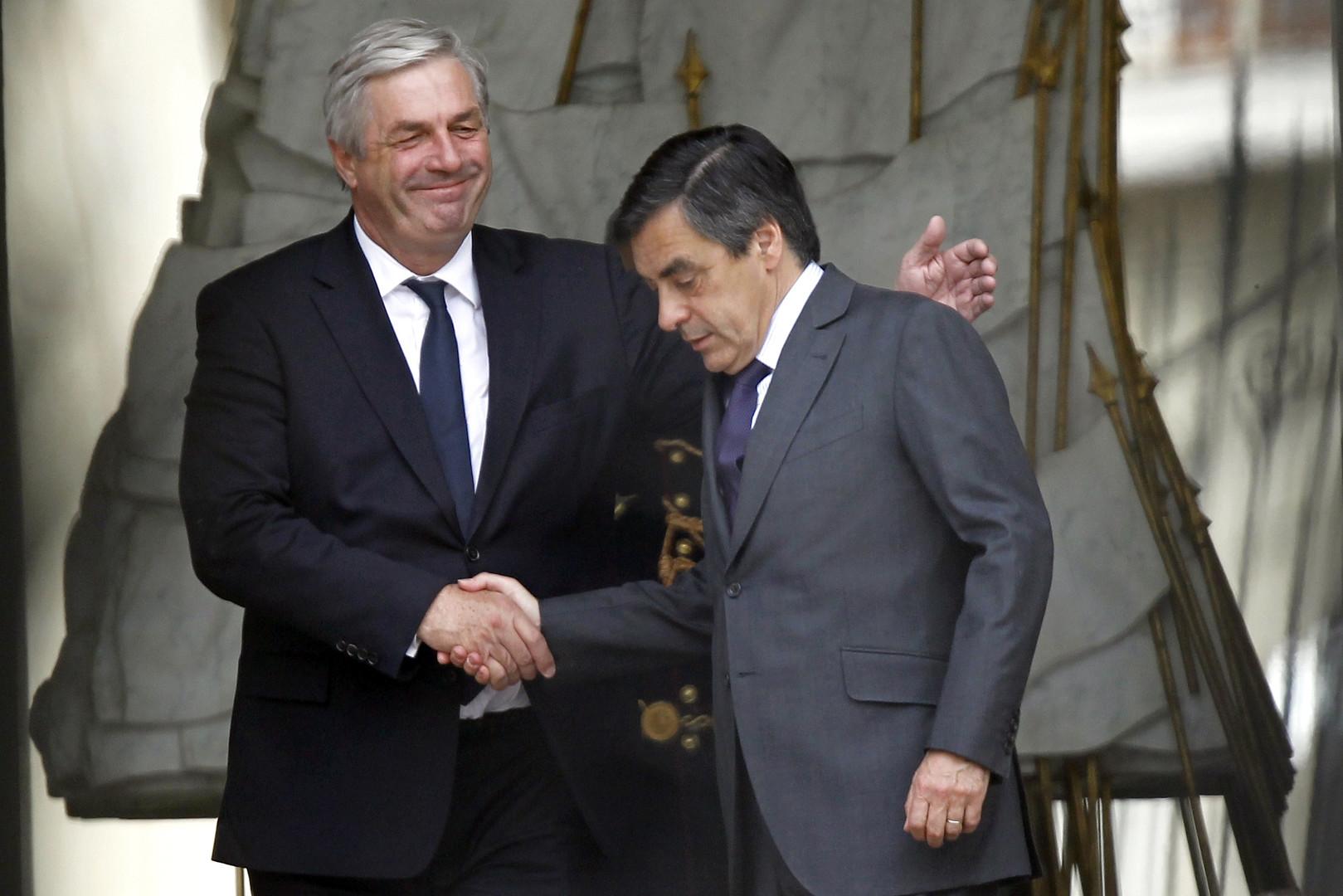 François Sauvadet a été ministre sous le gouvernement de François Fillon (à droite).