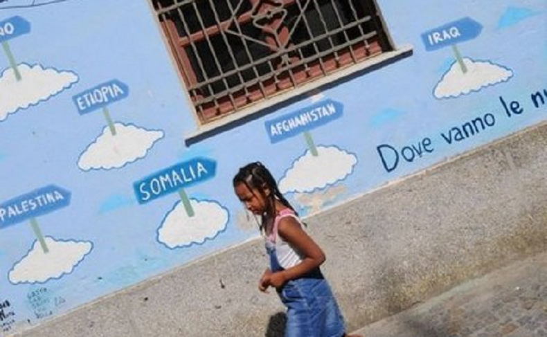 La population locale a vu débarquer de nombreuses familles fortes de plusieurs enfants (capture site)