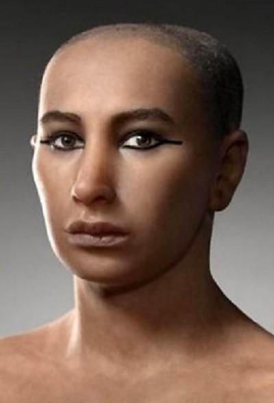 Le visage de Toutânkhamon...tel qu'il était représenté avant !