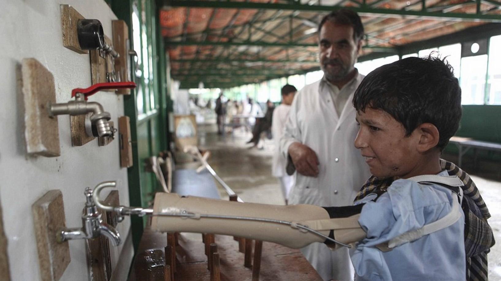 Des mines antipersonnel blessent ou tuent des dizaines d'enfants innocents chaque jour