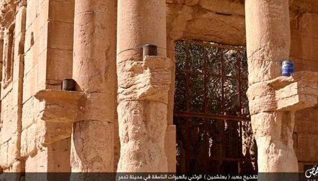Les membres de Daesh ont fait explosé l'un des plus anciens temples de Palmyre.