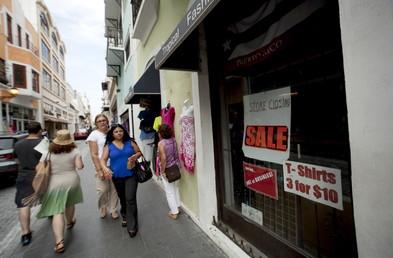 De nombreux magasins ont déjà baissé leur rideau à Porto Rico, qui subit une grave crise financière.