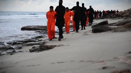 En Syrie, Daesh kidnappe 230 civils dont 60 chrétiens, affirme une ONG