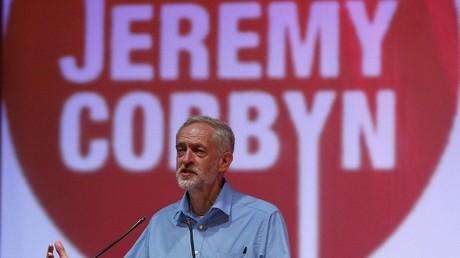 Royaume-Uni : Jeremy Corbyn, candidat à la tête du Labour plus à gauche que la gauche travailliste