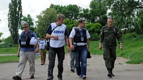 L'OSCE veut croire à une prolongation de la trêve en Ukraine. L'OTAN y organise des manœuvres
