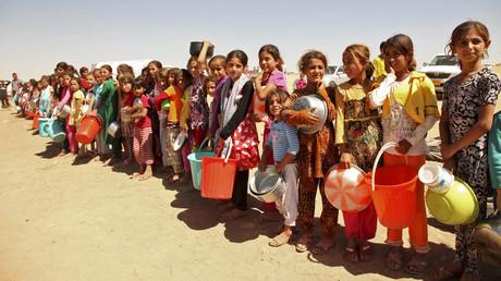 «Le monde doit réagir», lance Steve Maman, le milliardaire qui rachète les enfants esclaves de Daesh