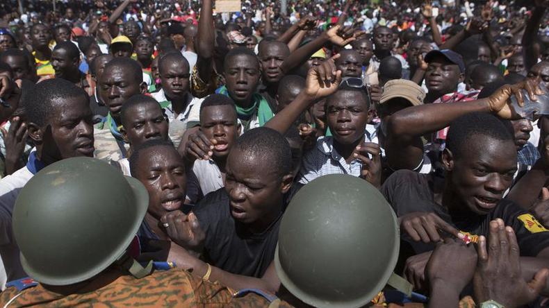 Le Burkina Faso s'avance vers un nouveau coup d'état.