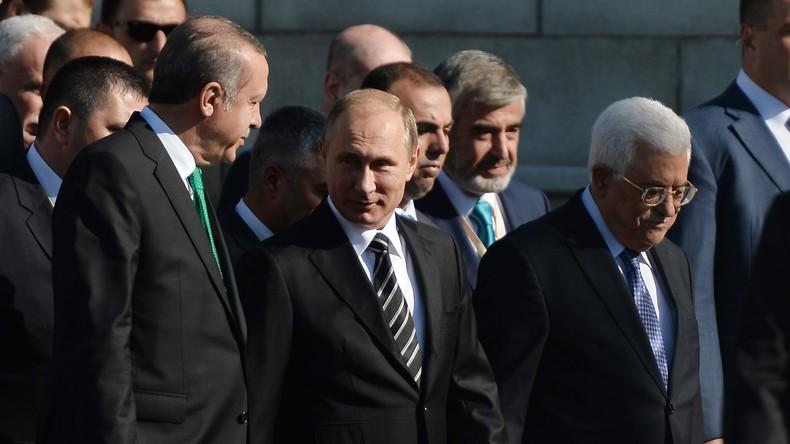 Recep Tayyip Erdogan, Vladimir Poutine et Mahmoud Abbas
