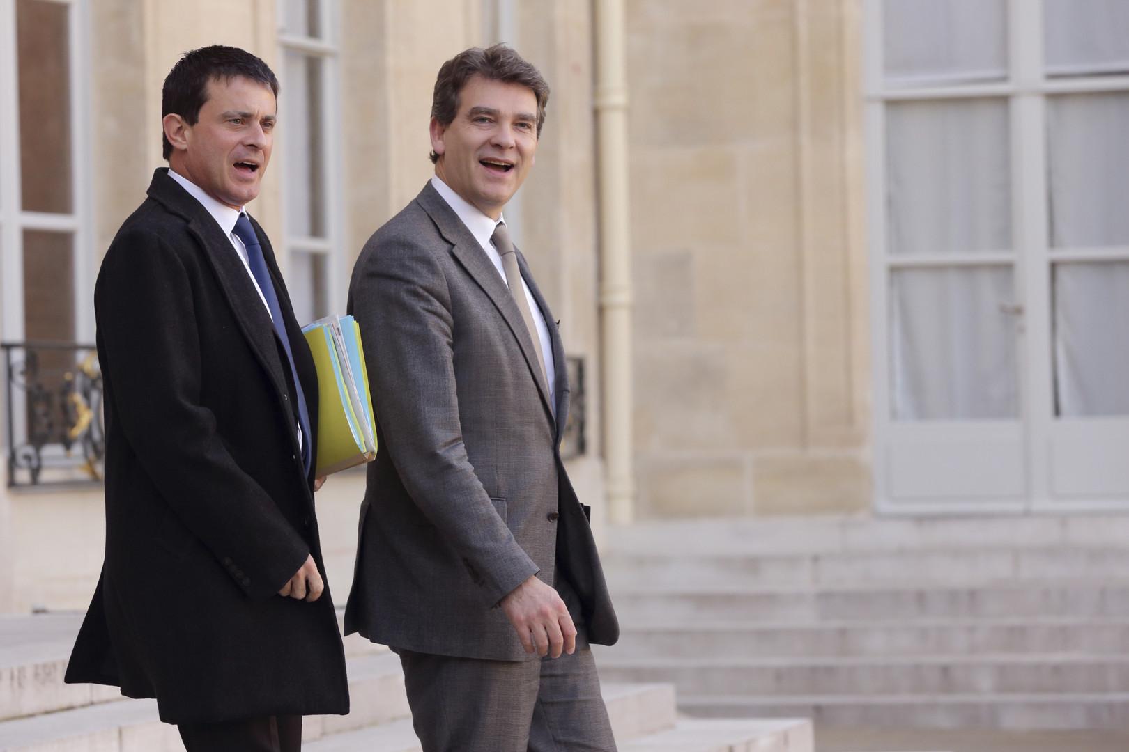 Loin de l'union sacrée, le PS est aujourd'hui divisé entre deux courants que représentent bien Arnaud Montebourg et Manuel Valls.