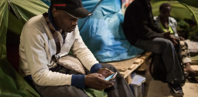 Certains résidents du campement dormaient dans des tentes depuis plusieurs mois.