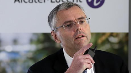 Michel Combes, le patron d'Alcatel-Lucent quitte le groupe avec plus de 13 millions d'euros.