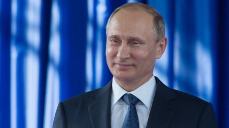 Poutine propose d'éliminer le dollar des échanges commerciaux entre pays de l'ex-espace soviétique