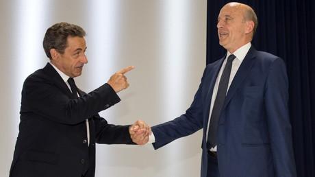 Le conflit Juppé - Sarkozy illustre bien les deux tendances qui s'affrontent au sein des Républicains.