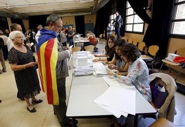 A défaut de l'indépendance, vers plus d'autonomie pour la Catalogne?