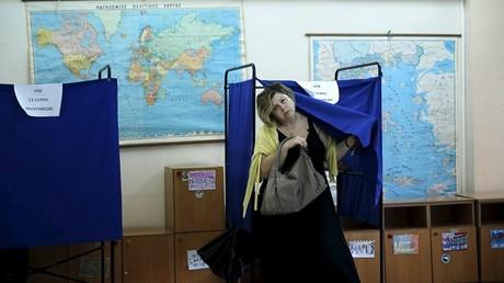 De nombreux grecs sont fatigués pas l'enchaînement incessant d'élection. le taux de participation pourrait être inférieur à celui des élections précédentes