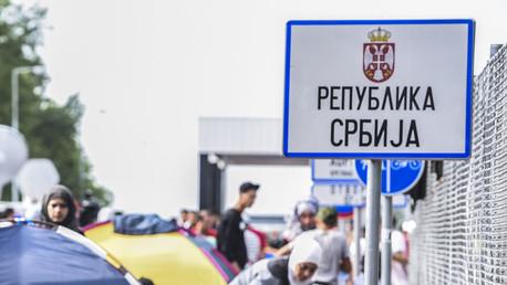 Crise migratoire: le trafic entre la Croatie et la Serbie arrêté après des interdictions réciproques