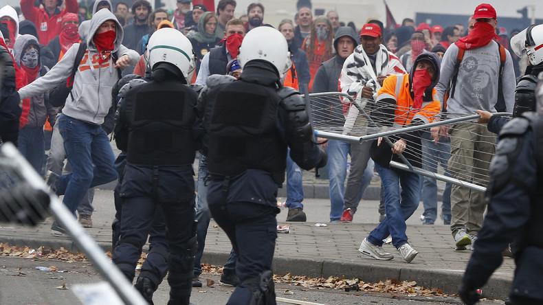 La manifestation organisée contre l'austérité a dégénéré à Bruxelles.