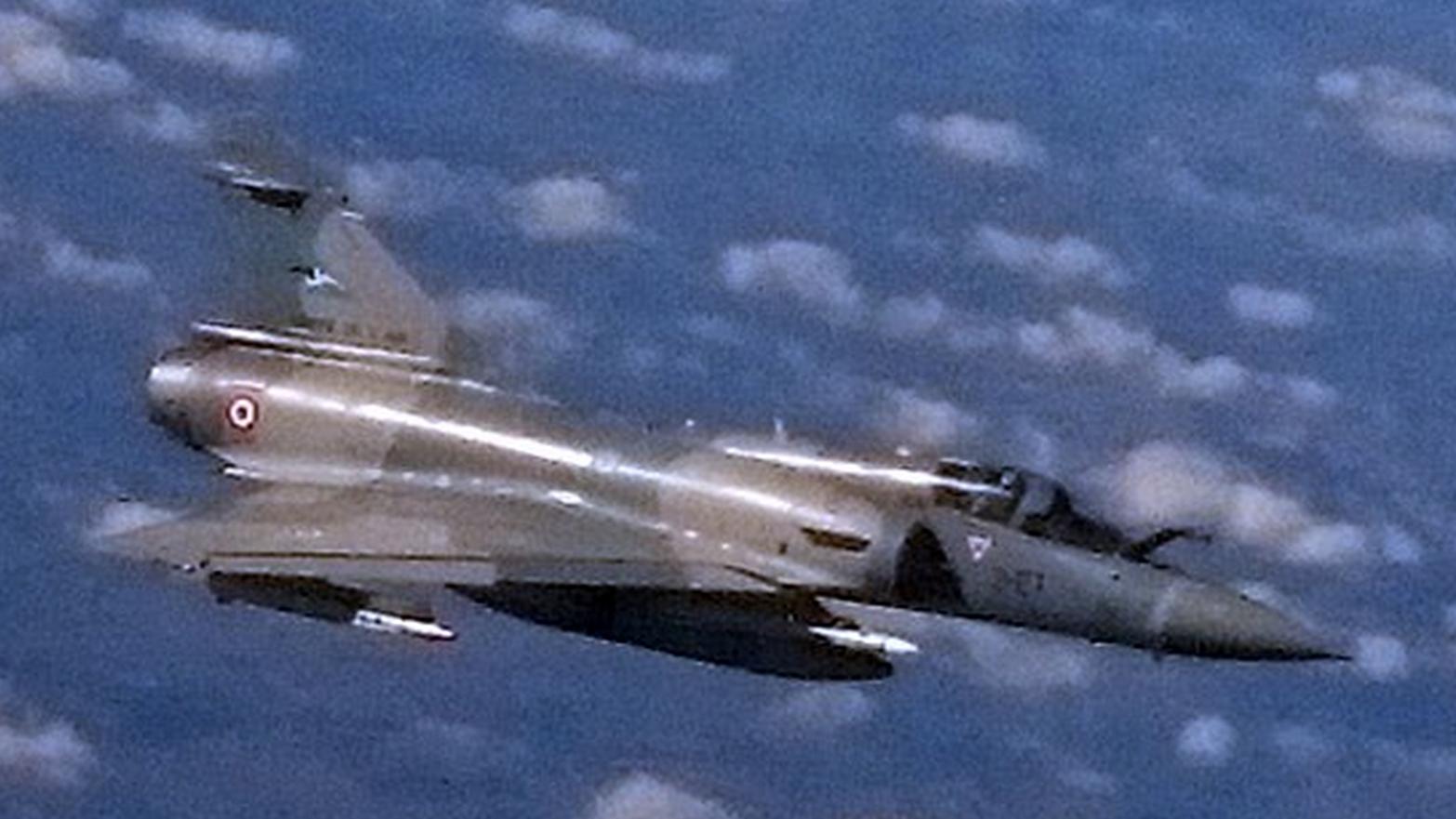 Un Rafale français intercepte un avion de ligne britannique, les passagers en panique