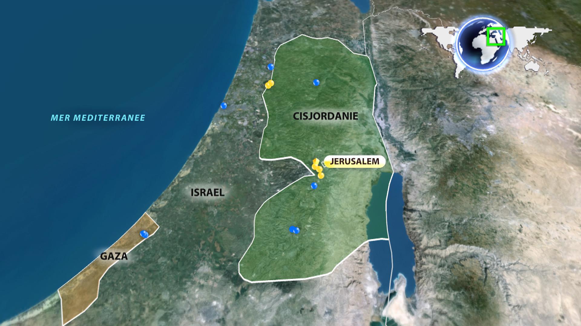 La carte des attaques en Israël. Les points jaunes montrent où les Israéliens ont été poignardés à mort alors que les points bleus marquent les endroits où des Palestiniens ont été tués.