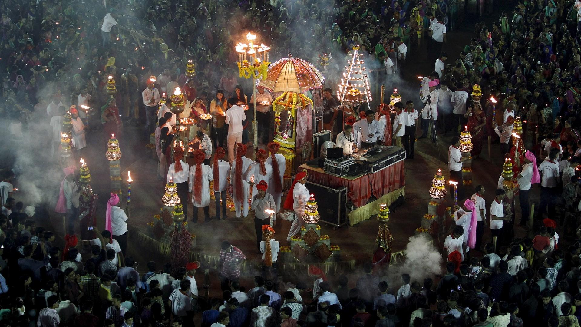 L'Inde célèbre la fête de Navratri qui dure dix jours et neuf nuits