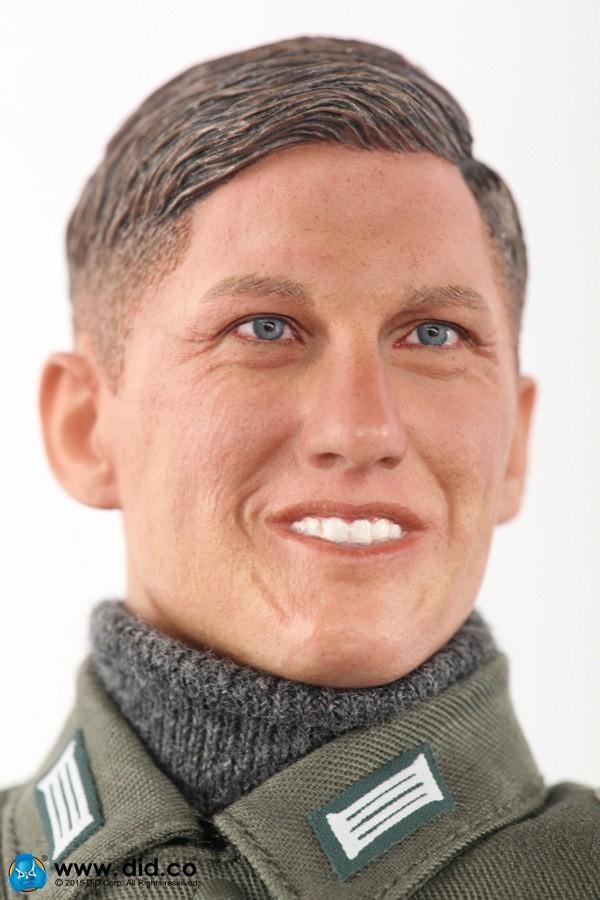 Une société chinoise vend des poupées nazies ressemblant au footballeur Bastian Schweinsteiger