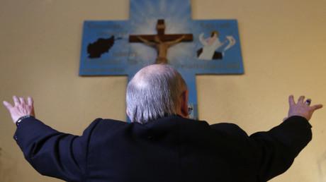 Pour un prêtre italien, la pédophilie peut se comprendre car les enfants «cherchent l'affection car il ne l'obtiennent pas à la maison».