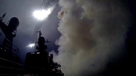 Attali : « Il y a des moments où la guerre est nécessaire »