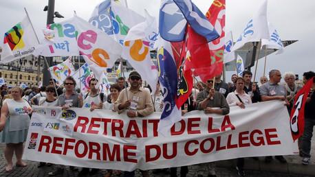 Manifestation contre la réforme des collèges.