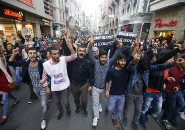 De nombreuses manifestations de soutien aux victimes d'Ankara en Turquie et en Europe