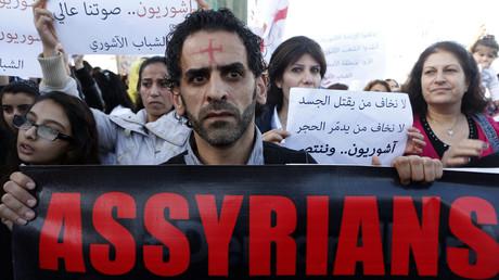 Manifestation de soutien aux chrétiens assyriens kidnappés par Daesh