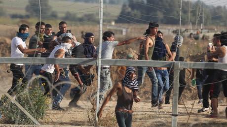 Les violences en Israël et dans les territoires occupés provoquent de vives réactions de part et d'autre.
