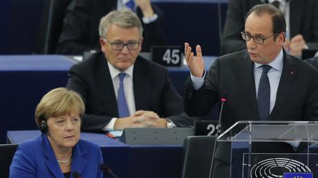 Le président français François Hollande s'adresse au Parlement européen