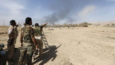 Des combattants chiites irakiens