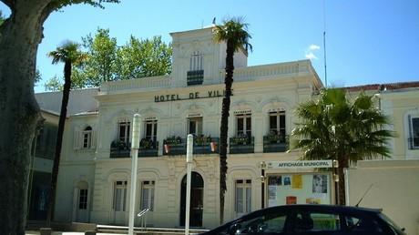 L'hôtel de ville de Lunel (Hérault)