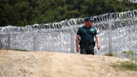 130 réfugiés retrouvés entassés à l'arrière d'un camion frigorifique en Bulgarie