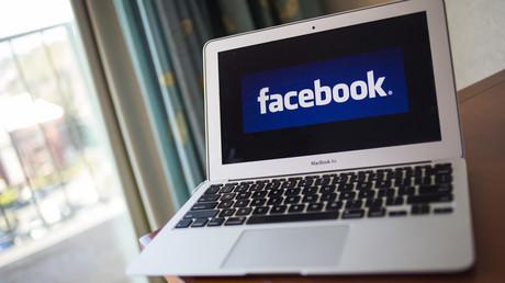 Facebook serait plus dur avec la nudité qu'avec le racisme