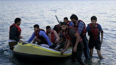 Ces migrants pakistanais viennent d'arriver sur les côtes grecques