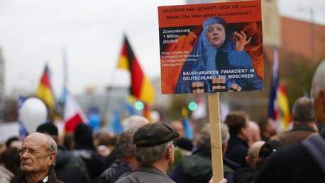 La manifestation «L'asile a besoin des frontières» à Berlin