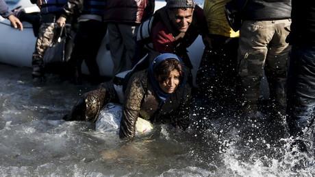 Les migrants afghans arrivent sur Lesbos