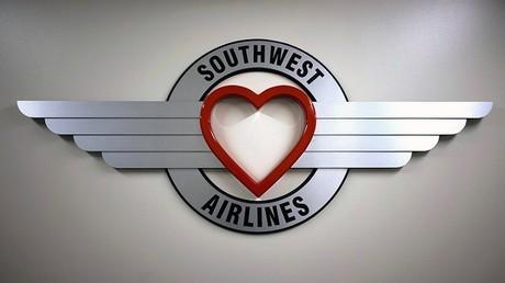 Le logo de la compagnie aérienne ne fera sans doute pas effet sur le passager victime de la mésaventure