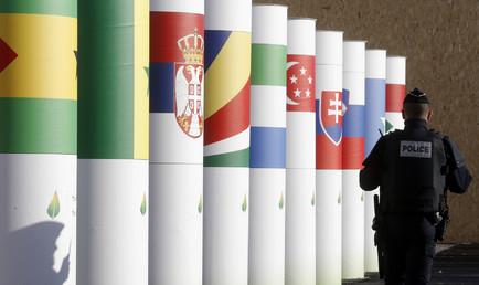 Sous haute surveillance, la COP21 débute lundi.