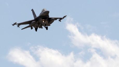 Un chasseur turc F-16