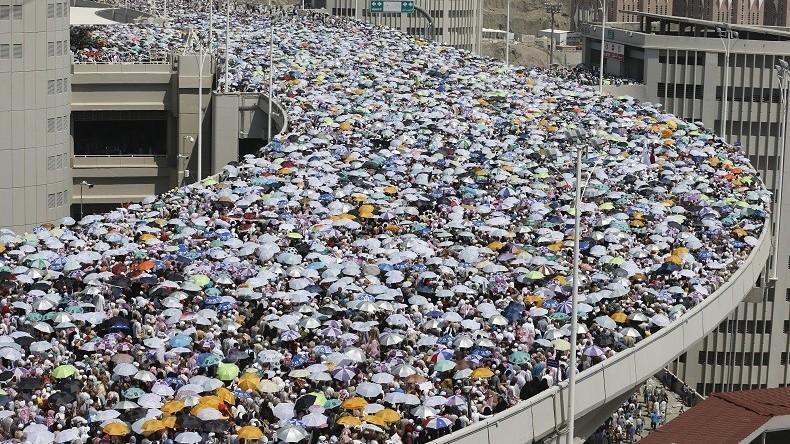 Des masses de pèlerins se dirigent vers La Mecque, en Arabie saoudite