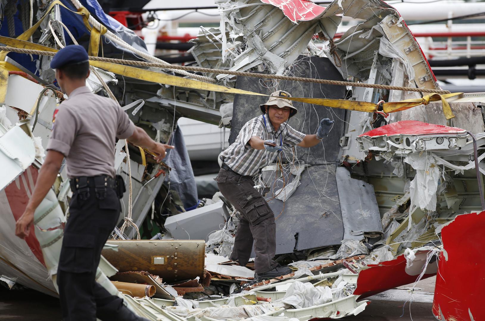 Crash d'AirAsia : «un facteur important de l'accident est une pièce défectueuse de l'A320»