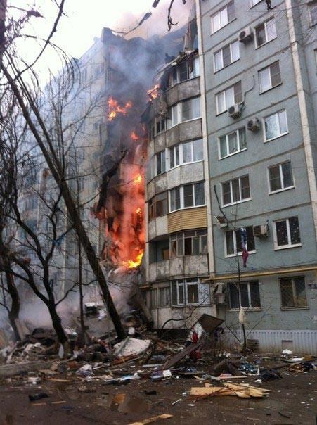 Russie : une explosion de gaz détruit la moitié d'un immeuble à Volgograd (VIDEO)