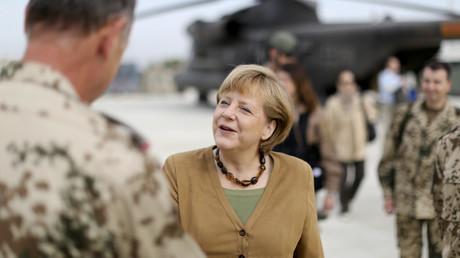 Angela Merkel avait promis à la France d'engager l'armée allemande en Syrie. Cela a été validé ce matin par le conseil des ministres allemand